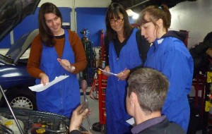 Changing Oil Women Only Workshop Queenstown